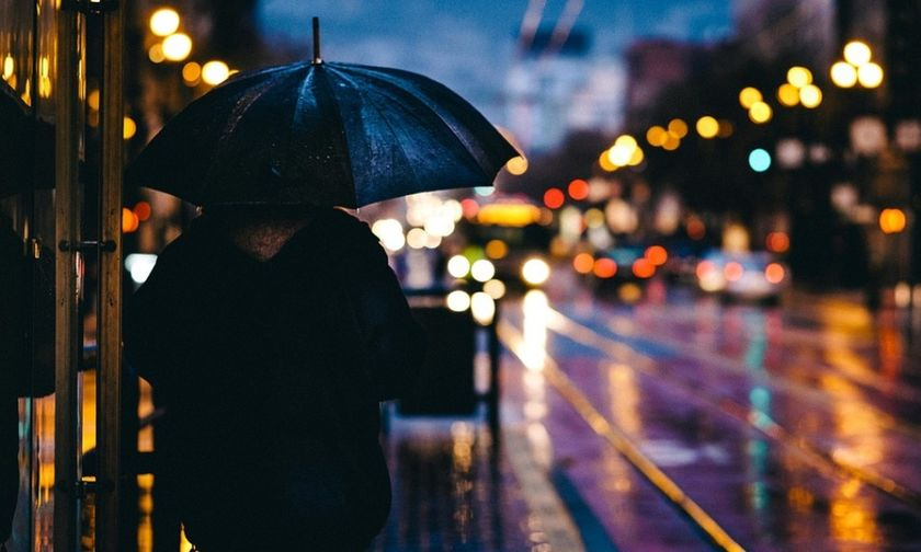Η κακοκαιρία συνεχίζεται και σήμερα με βροχές και καταιγίδες
