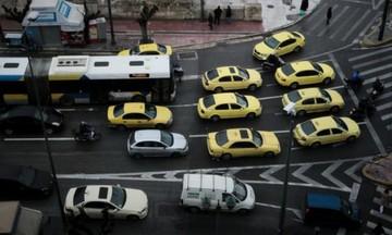 Απροσπέλαστο το κέντρο της Αθήνας- Κλειστοί δρόμοι και σταθμοί