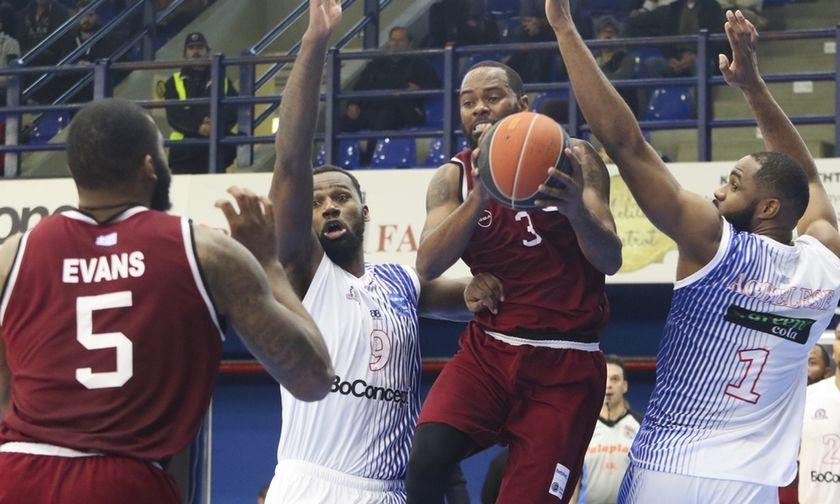 Η κακοκαιρία οδηγεί δύο ματς της Basket League σε αναβολή