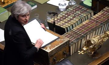 Brexit: Οι τροπολογίες της Μέι καταψηφίζονται η μία μετά την άλλη!
