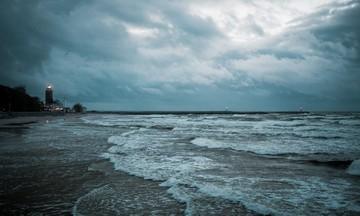 Βροχερός ο καιρός σήμερα -Ισχυροί άνεμοι, έως 8 μποφόρ στο Αιγαίο