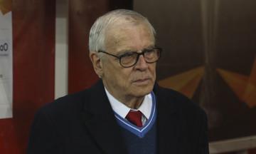 Σάββας: «Ο Πορτογάλος και οι άλλοι είναι οι νεκροθάφτες του ελληνικού ποδοσφαίρου!»