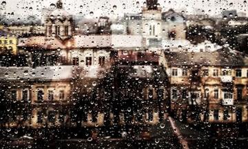Βροχερός ο καιρός και σήμερα -Βελτίωση από το απόγευμα