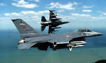Θρίλερ στο Αιγαίο: «Παρά τρίχα» ατύχημα με τουρκικό F-16 - «Έχασε» τον κινητήρα του