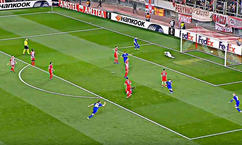 Ολυμπιακός-Ντιναμό Κιέβου: Που ήταν οι χαφ του Ολυμπιακού στα δύο γκολ της Ντιναμό (pics, vid)