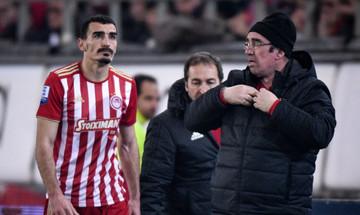 Ολυμπιακός - ΑΕΚ 4-1: Φόβοι για χιαστό ο Λάζαρος (vid)