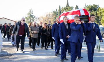 Το «τελευταίο αντίο» στον Αντώνη Ποσειδώνα (pics)