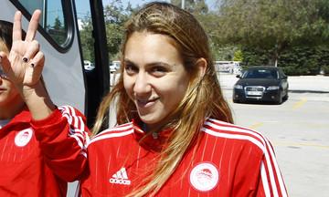 Αβραμίδου: «Να πεισμώσει τον Ολυμπιακό η απώλεια του Κυπέλλου» (vid)