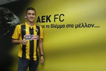 ΑΕΚ: Πρόβλημα με το δελτίο του Σαμπανάτζοβιτς