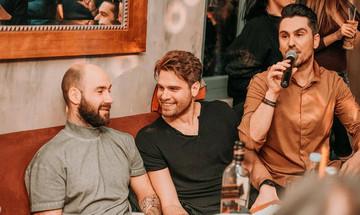 Τα γενέθλια του Μπόγρη με φίλους, συμπαίκτες και τον Βασιλάκο