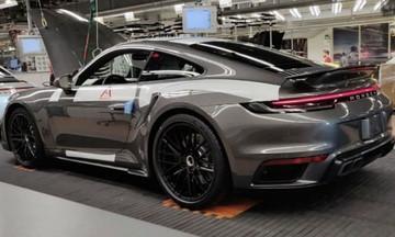 Ετοιμάζεται να σπείρει πανικό η νέα Porsche 911 Turbo;
