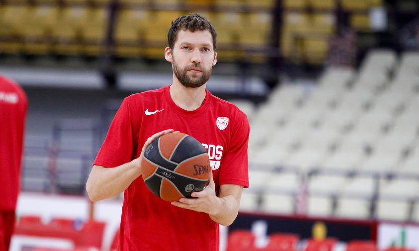 Καλύτερος καλαθοσφαιριστής της Λετονίας για το 2018 ο Στρέλνιεκς (pic)