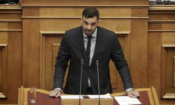 Επίθεση σε Κωνσταντινέα στη Βουλή: «Tι είσαι εδώ; Μπράβος του υφυπουργού;»