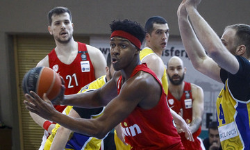 Δυσκολεύτηκε, αλλά νίκησε στο Λαύριο ο Ολυμπιακός (81-76)