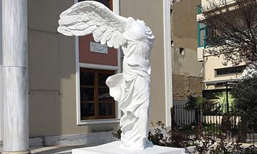 Έτοιμη η «Νίκη της Σαμοθράκης» στην Αλεξανδρούπολη - Βάρους 6,5 τόνων το άγαλμα