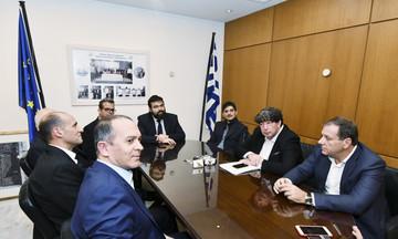Μια σύσκεψη - βατερλό με οφέλη για τον Ολυμπιακό και απόντα τον κύριο υπεύθυνο