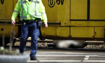 Ολλανδία: Ένας νεκρός από πυροβολισμούς σε τραμ