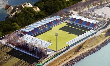 Το γήπεδο... μινιατούρα, στο οποίο θα παίξει η Εθνική και η σχέση του Ολυμπιακού με αυτό (vid-pics)
