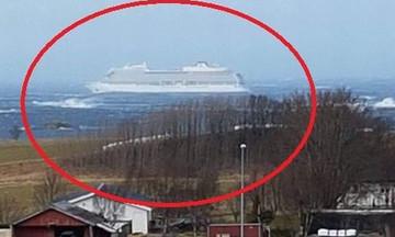 Aκυβέρνητο κρουαζιερόπλοιο στη Νορβηγία