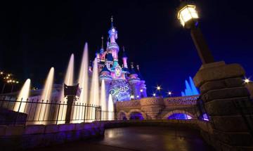 Εκκενώθηκε η Disneyland στο Παρίσι – Πανικός για χιλιάδες επισκέπτες
