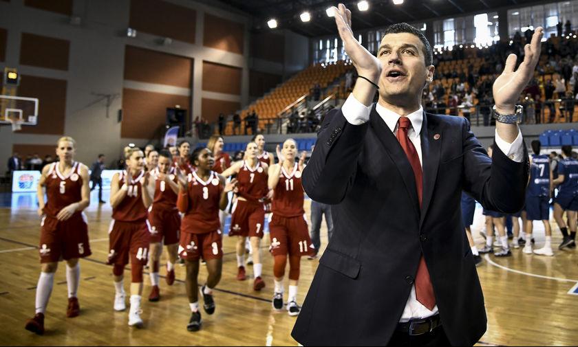 """Γ. Παντελάκης: """"Οι παίκτριές μου έκαναν τη δουλειά τους"""""""