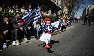 Live η στρατιωτική παρέλαση στην Αθήνα