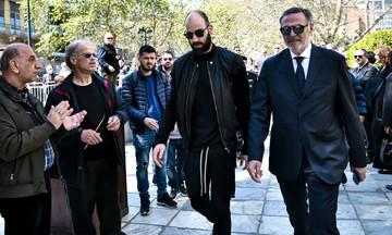 Ο Σπανούλης στη Μητρόπολη για τον Θανάση Γιαννακόπουλο - Χειροκρότημα για τον αρχηγό του Ολυμπιακού