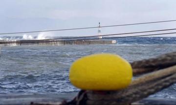 Δεμένα τα πλοία σε λιμάνια λόγω θυελλωδών ανέμων - Ποια δρομολόγια ακυρώθηκαν