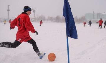 Παίζοντας μπάλα στον Αρκτικό Κύκλο... (vid)