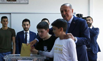 Εκλογές στην Τουρκία: Κρίσιμο τεστ για Ερντογάν