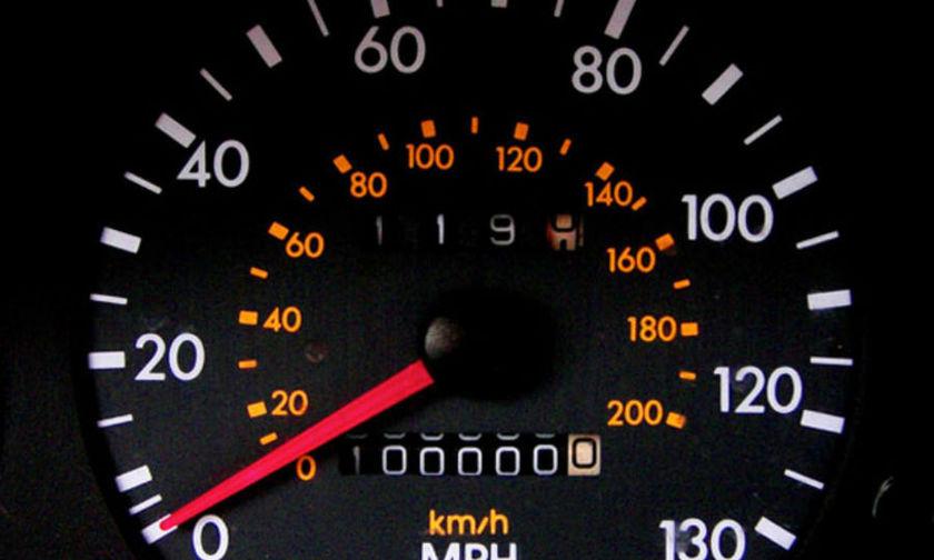 Αποτέλεσμα εικόνας για οχήματα με γυρισμένα χιλιόμετρα