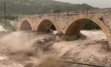 Στο έλεος της κακοκαιρίας ξανά η Κρήτη: Ζημιές, πλημμύρες, κατολισθήσεις (pic-vid)