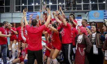 Συγχαρητήρια της ΠΑΕ Ολυμπιακός και του Β. Μαρινάκη για την κατάκτηση του Κυπέλλου στο βόλεϊ