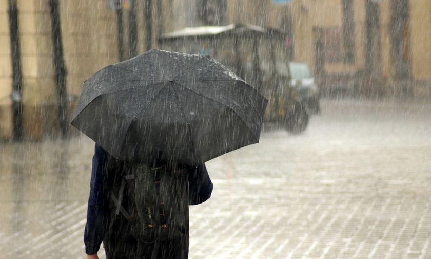 Καιρός: Άνοδος της θερμοκρασίας με… συνοδεία βροχών