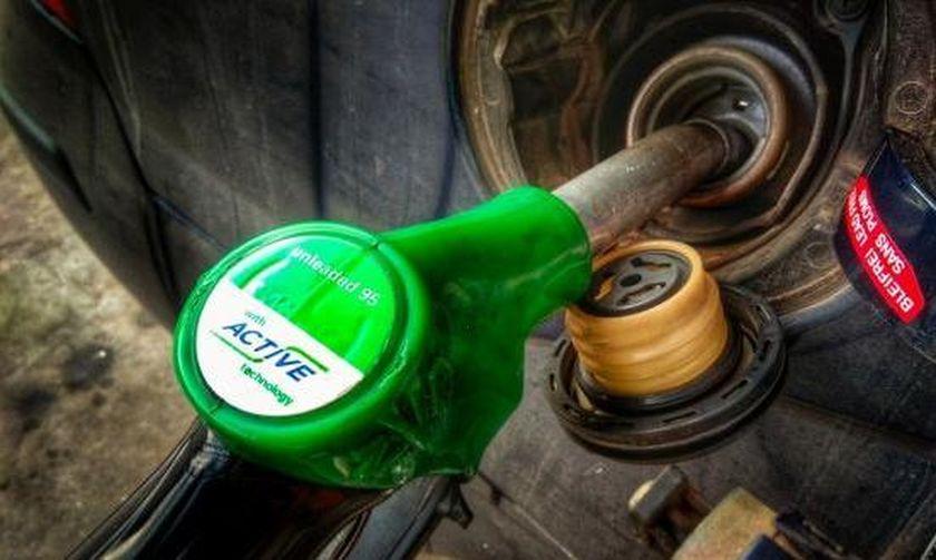 Στα ύψη η τιμή της βενζίνης - Υπολογίζεται ότι θα φτάσει πάνω από το 1,70 €