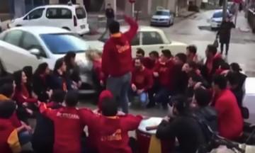 Αυτοκίνητο παρέσυρε οπαδούς της Γαλατασαράι (vid)
