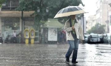 Έκτακτο δελτίο καιρού από την ΕΜΥ: Ισχυρές καταιγίδες και χαλάζι μέχρι το βράδυ