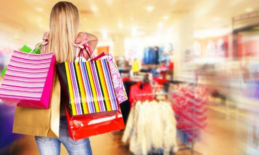 Πασχαλινό ωράριο: Τι ώρα ανοίγουν και τι ώρα κλείνουν τα καταστήματα σήμερα
