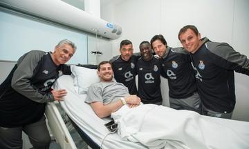 Επίσκεψη στον Κασίγιας από τους παίκτες της Πόρτο (pic)