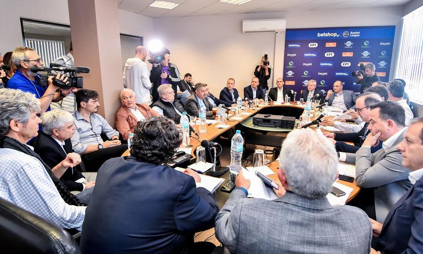 Οι θέσεις (μάχης) Αγγελόπουλων- Γιαννακόπουλου στο συμβούλιο του ΕΣΑΚΕ (pics)