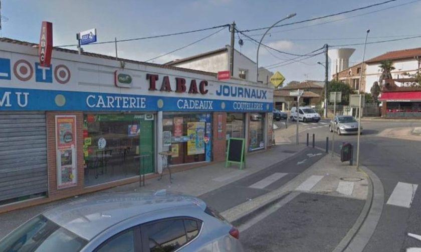 Ένοπλος κρατά πέντε ομήρους σε καπνοπωλείο της Τουλούζης