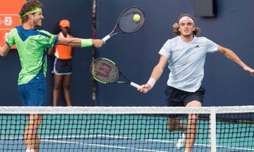 Mutua Madrid Open: Νίκη του Τσιτσιπά στο διπλό