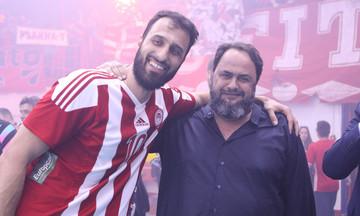 Μαρινάκης: «Συγχαρητήρια στην ομάδα. Ζήτω ο Ολυμπιακός» (pic)