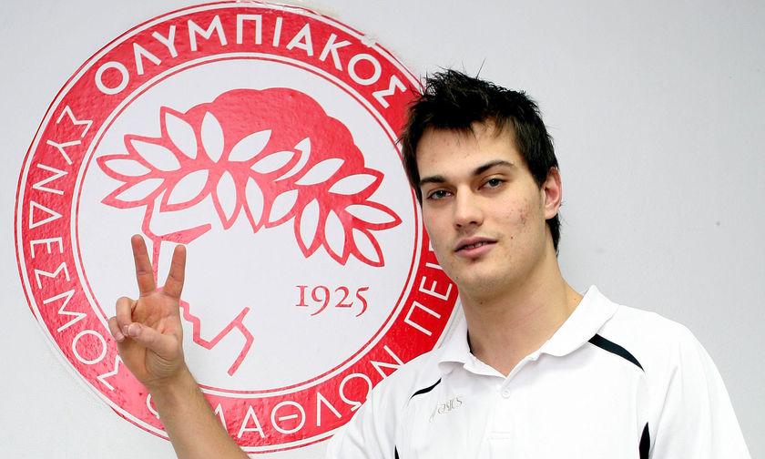 Και Δημήτρης Τζούριτς για Ολυμπιακό!