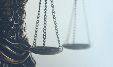 Δικηγόροι: Θετική αλλά θέλει αρκετές βελτιώσεις η ρύθμιση για 120 δόσεις