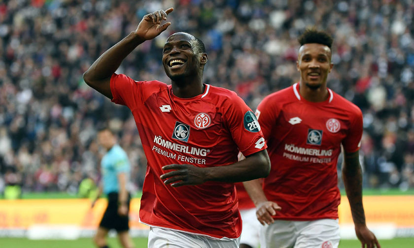 Bundesliga: Χάνει και τα «αστέρια» η Άιντραχτ… (highlights)