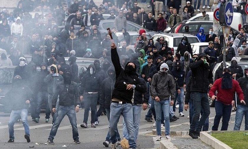 «Πόλεμος» των οπαδών της Λάτσιο με την αστυνομία πριν από τον τελικό Κυπέλλου! (vid)