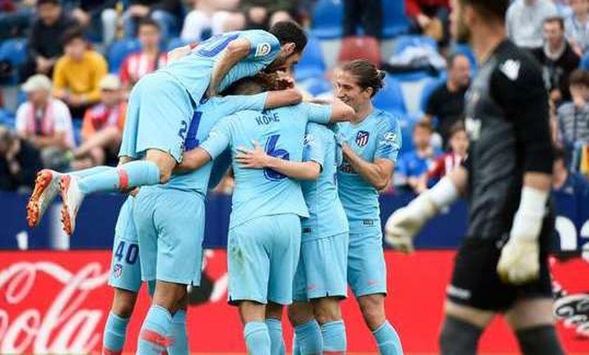 Με δέκα παίκτες η Ατλέτικο Μαδρίτης ισοφάρισε (2-2) τη Λεβάντε (highlights)