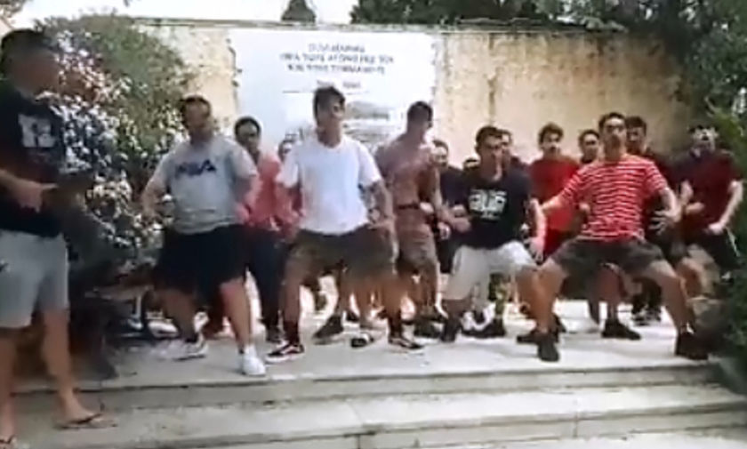 Νεοζηλανδοί χορεύουν Haka στο καταφύγιο Πλατανιά! (vid)