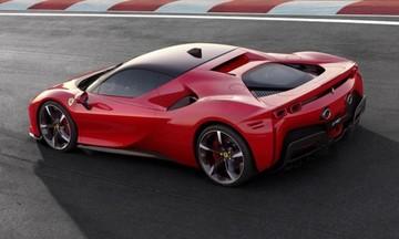 Ιδού η νέα Ferrari SF90 Stradale των 1.000 ίππων!